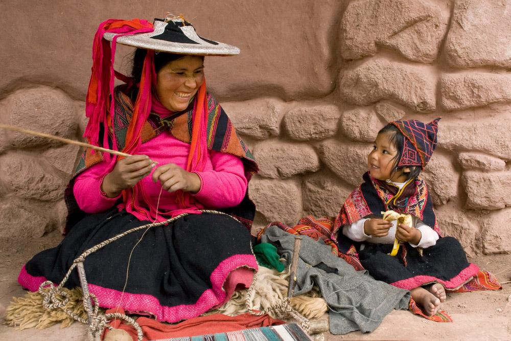Mother's Day in Peru - Peruvians